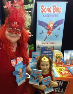 Wonder Girl meets Song Bird
